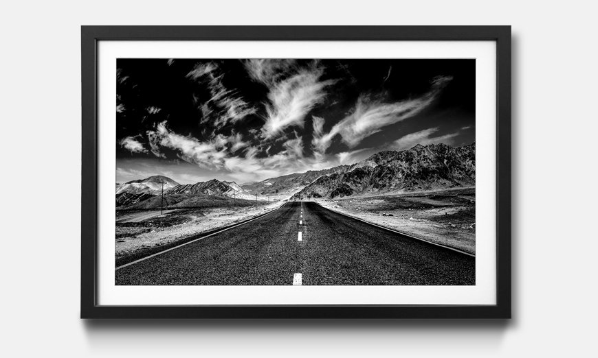Wandbild gerahmt: Road in Himalaya